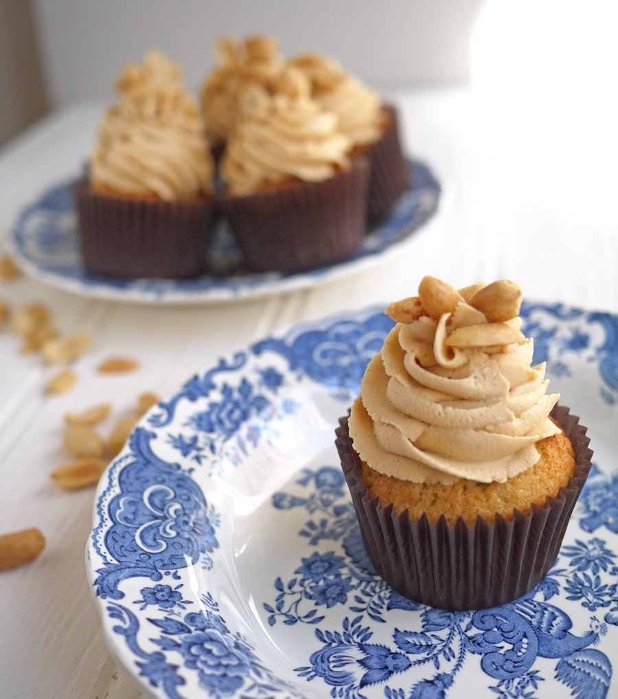 Banana Cake With Peanut Butter Frosting Recipe
