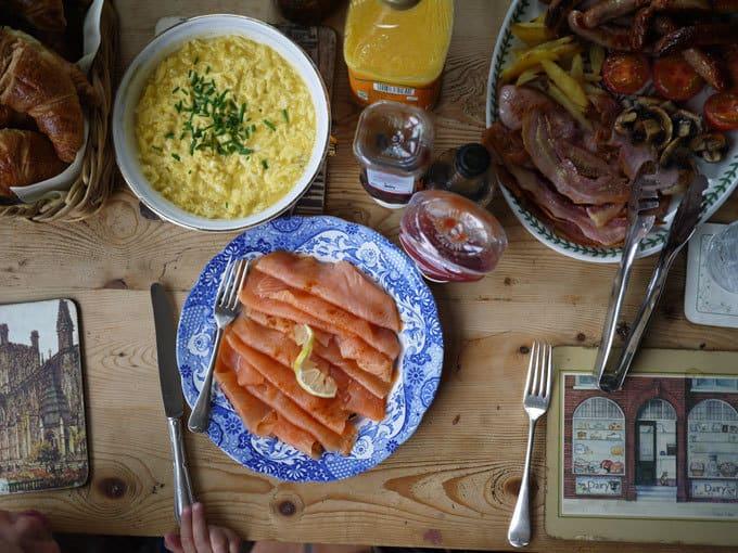 breakfast-smoked-samon