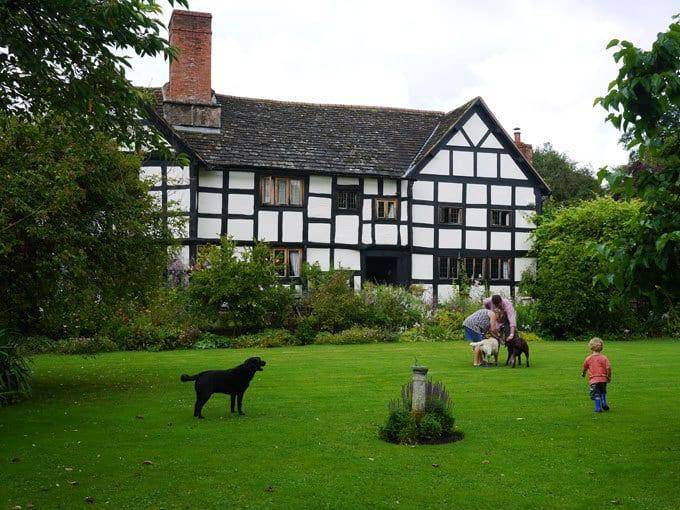 shropshire-tudor-house