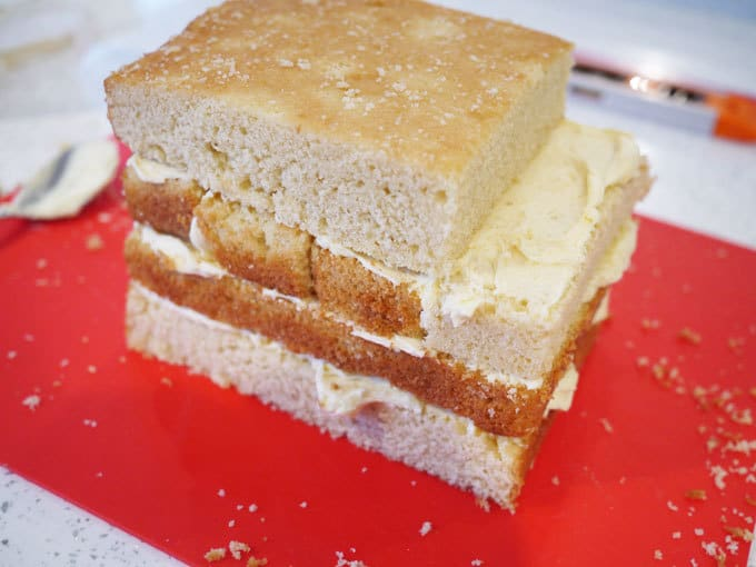 Postman Pat Van Cake - How to make it