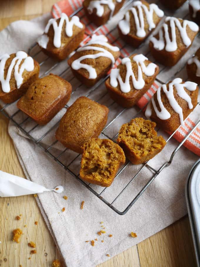Mini Pumpkin Spiced Loaves Recipe - The perfect autumn cake!