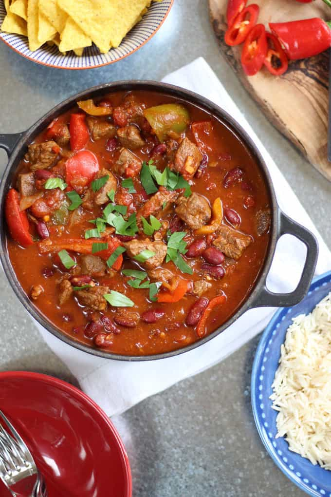 easy chilli con carne recipe taming twins