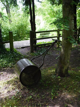 antique-roller-shropshire-1
