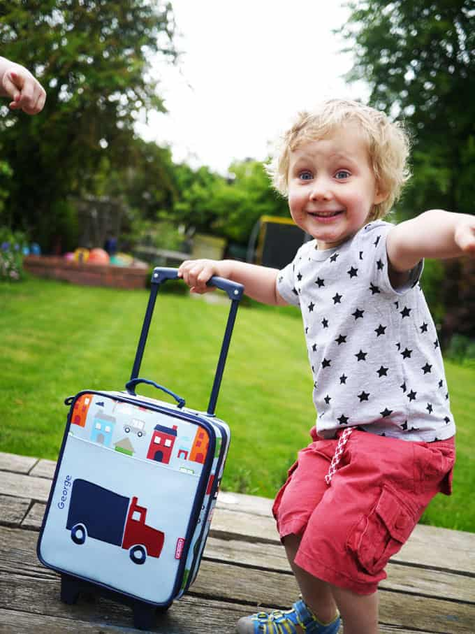 What to Pack in Kids Carry On Flight Bags
