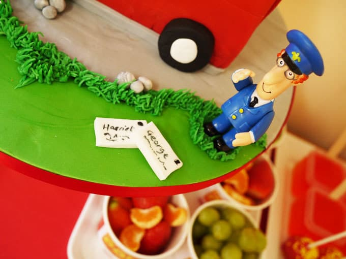 Postman Pat Van Cake - How to make it