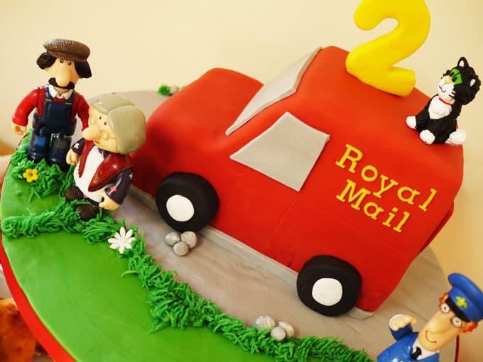 Postman Pat Van Cake Guide