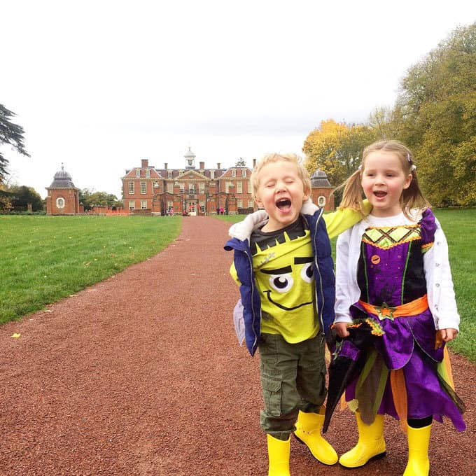 Hanbury Hall - October Life and Loves TamingTwins