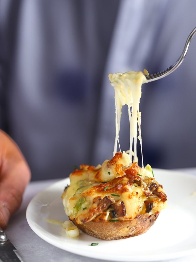 Stuffed potatoes with cheese and bacon