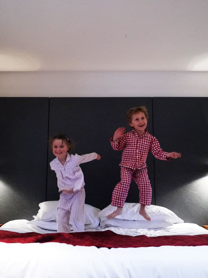 Looking to visit London with children? Here's how we spent 48 hours in the capital recently with our pre-schoolers. Including the perfect kid friendly hotel! https://www.tamingtwins.com