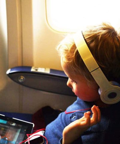 Travelling with kids? Here are my top tips for flying with toddlers having survived lots of flights with two children, here's what you need for your plane journey. https://www.tamingtwins.com
