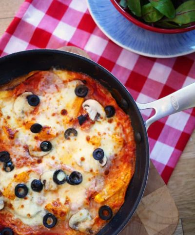 This lighter version of a 'pizza' is quick to whip up in under 10 minutes and high in protein. It makes a super lunch or dinner and is great cold too. If you're following the Slimming World diet plan, this fits in too. https://www.tamingtwins.com