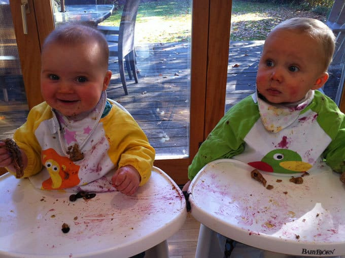 Weaning your babies onto solid food? Here are my top weaning tips from a Mum who survived weaning two tiny babies at once! https://www.tamingtwins.com