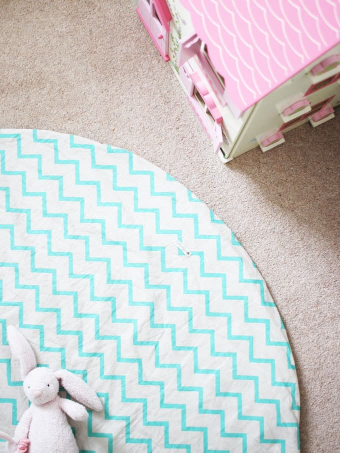 Chevron rugs for days! A little girl's pink and mint green bedroom tour. Inspiration and decoration ideas for a perfect room for a four year old girl.