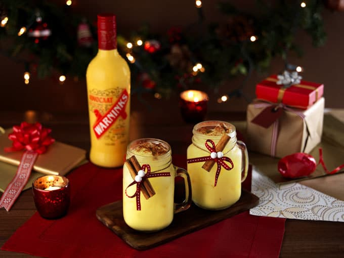 Advocaat Hot Chocolate - The classic Christmas festive drink, the snowball, but transformed into a hot chocolate cocoa drink. A delicious winter warmer cocktail.