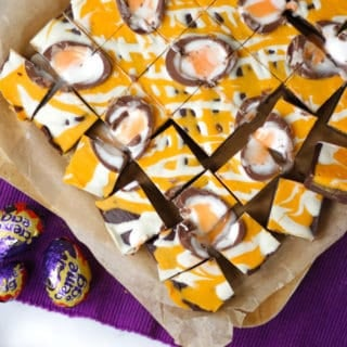 Chocolate Creme Egg Fudge – Just 3 Ingredients!