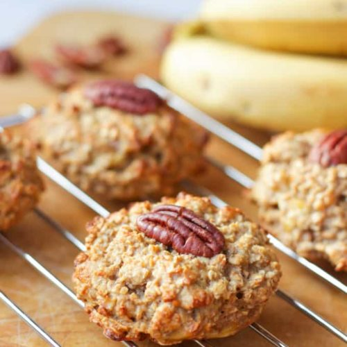 These Easy Breakfast Cookies with Banana and Peanut Butter are the perfect healthy start to your morning. Simple to make, high in protein, gluten free, sugar free and easily adaptable grab and go breakfast!