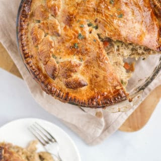 Chicken Pie – The BEST Creamy Chicken Pie Recipe