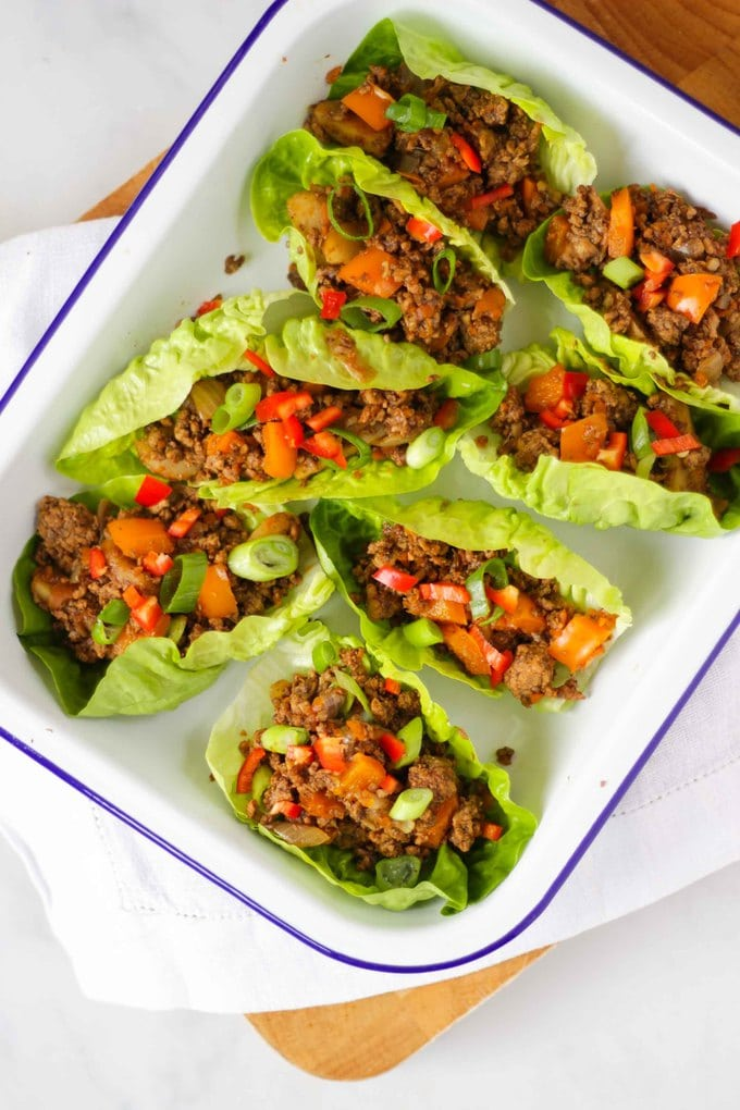Yuk Sung - Easy Pork Mince Recipe. On the table in under 30 minutes, this delicious and healthy pork Yuk Sung family friendly recipe is so easy to make. These Chinese Lettuce Wraps are the perfect mid week supper. #tamingtwins #porkrecipe #midweekmeal #dinnerrecipe #chinesefood #yuksung #easymeal #quickdinner