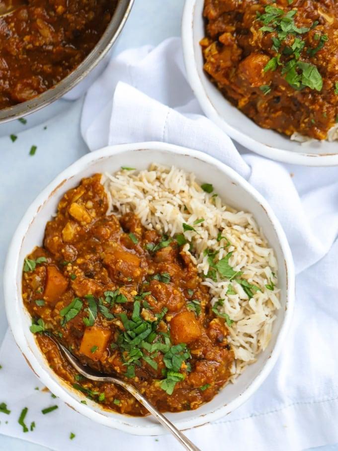 Easy butternut squash and cauliflower vegan curry