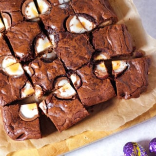 Creme Egg Brownies Recipe – How to make the Perfect Creme Egg Brownie!