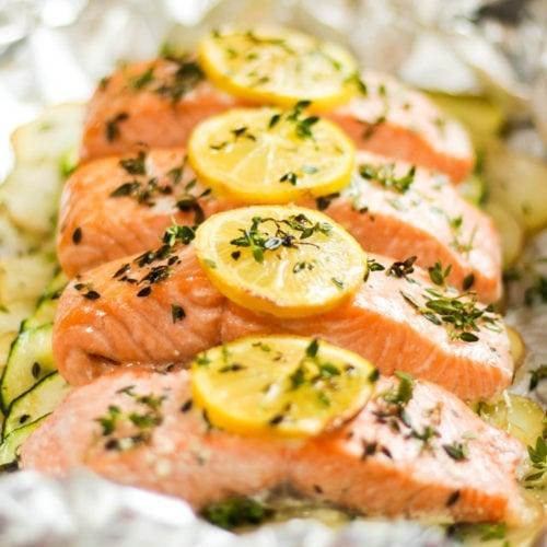 Oven baked salmon fillets in foil