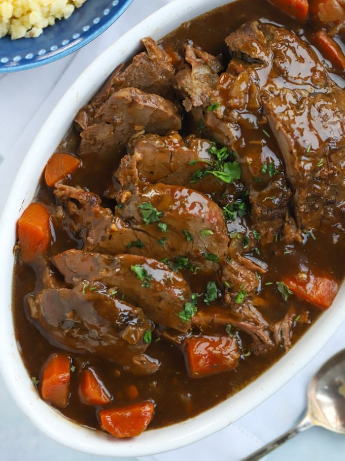 Slow Cooker Beef Joint with Carrots and Gravy