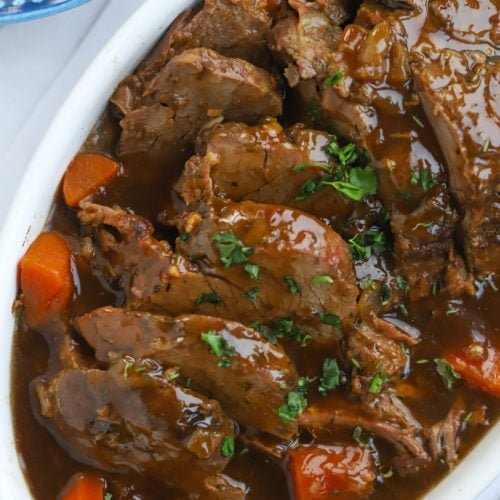 Slow Cooker Roast Beef with Carrots, Onions and Gravy