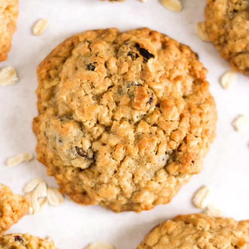 Golden oatmeal cookies with raisins