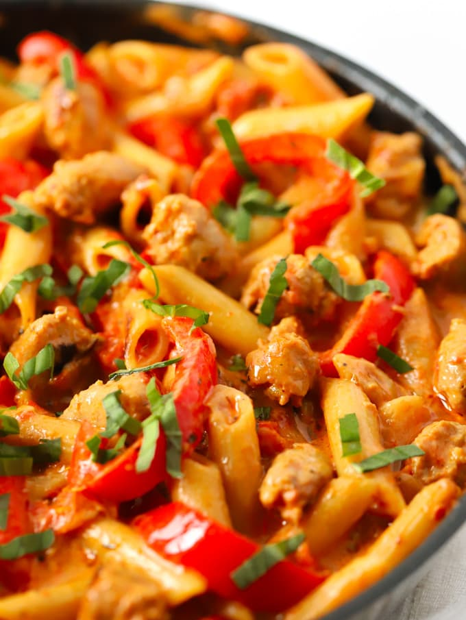 Easy one pot dinner in a frying pan with peppers and creamy sauce