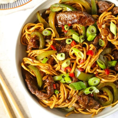 Beef Stir Fry With Noodles And Sticky Sauce Quick Delicious