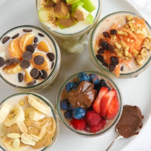 Easy healthy overnight oats recipe with various toppings